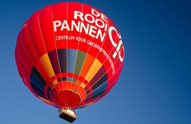 De Rooi Pannen-ballon